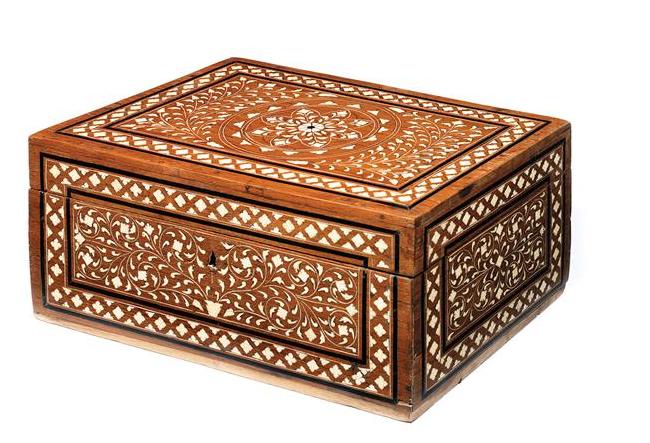 Coffret Anglo-Indien du 19e siècle En vente chez Tajan