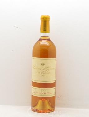 Château d' Yquem 1er Cru Classé Supérieur 1998  Estimation basse: 170 €