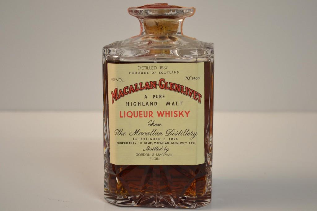 Macallan-Glenlivet in Crystal Decanter Sherry Wood Pure Highland Malt Scotch Whisky Gordon & MacPhail 1937, Scotland Schätzpreis: 2.600-4.000 EUR