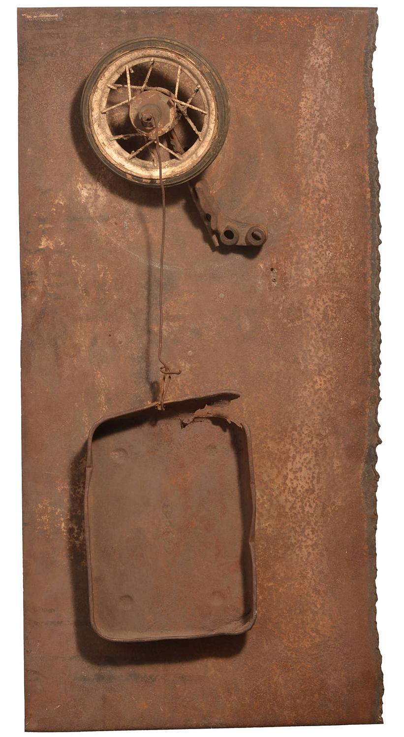 "Jean Tinguely, ""Ma Prima"". 1961, sheet metal, metal pan, wheel, electrical motor."