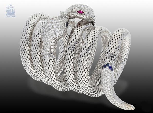 White Gold Snake Bangle with Color Stone Trim | Photo: Cortrie