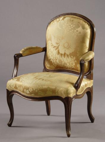 Fauteuil 'A la Reine' Louis XV Galerie Atena