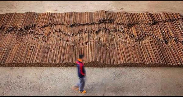 Straight, 2008-2012. Skapad i ateljén i Peking. Bild: Instagram @aiww