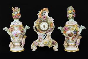 A pair of Meissen porcelain lidded potpourri urns