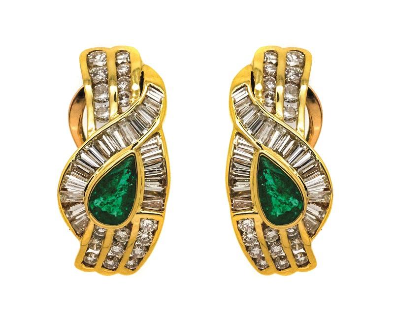 Pendientes en oro con esmeralda y diamantes