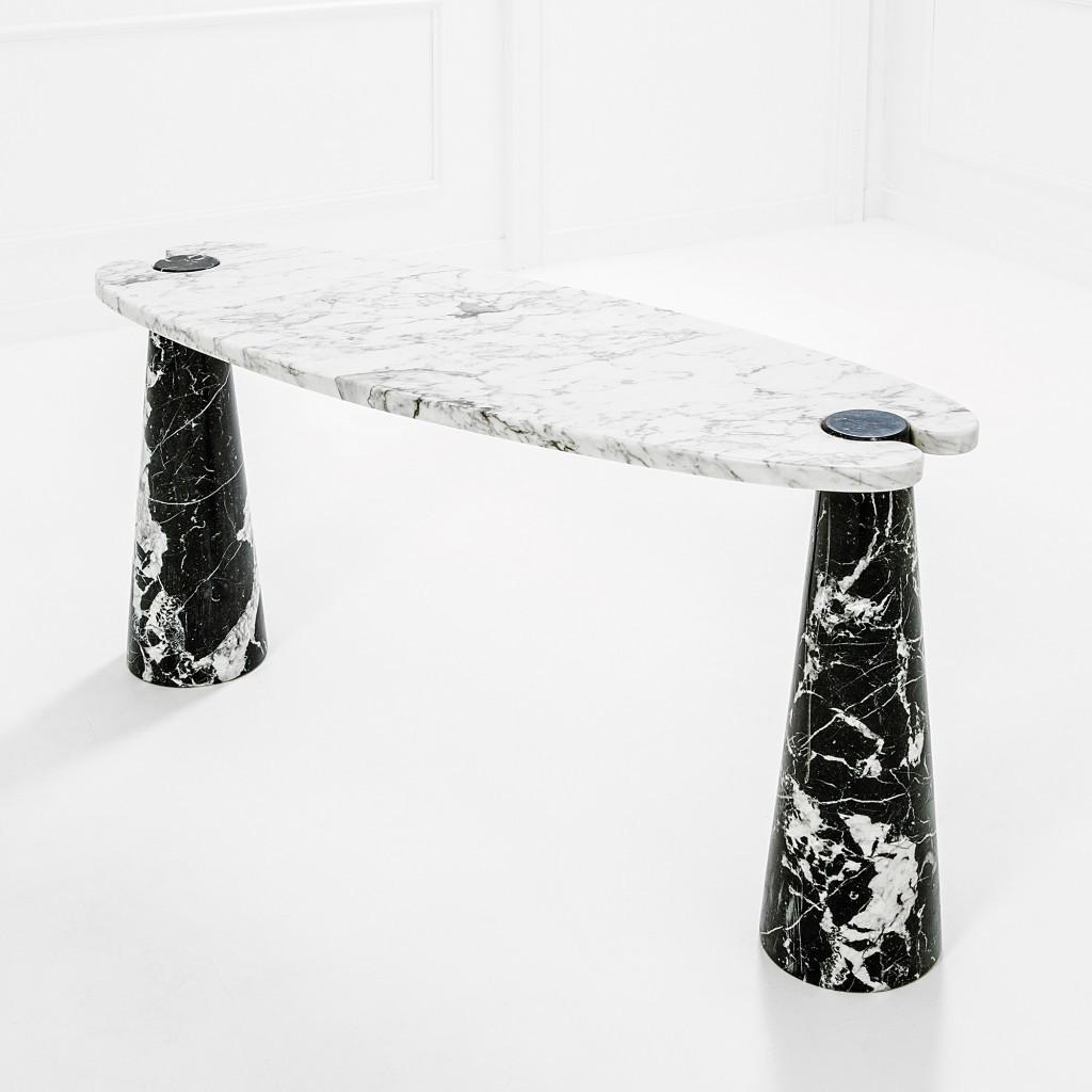 Console série Eros Marbre blanc de Carrare et marbre Marquinia noir, produite par les Frères Brambilla, vers 1970