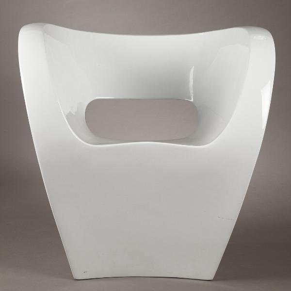 Fauteuil Little Albert laqué blanc Ron Arad  Atena Design
