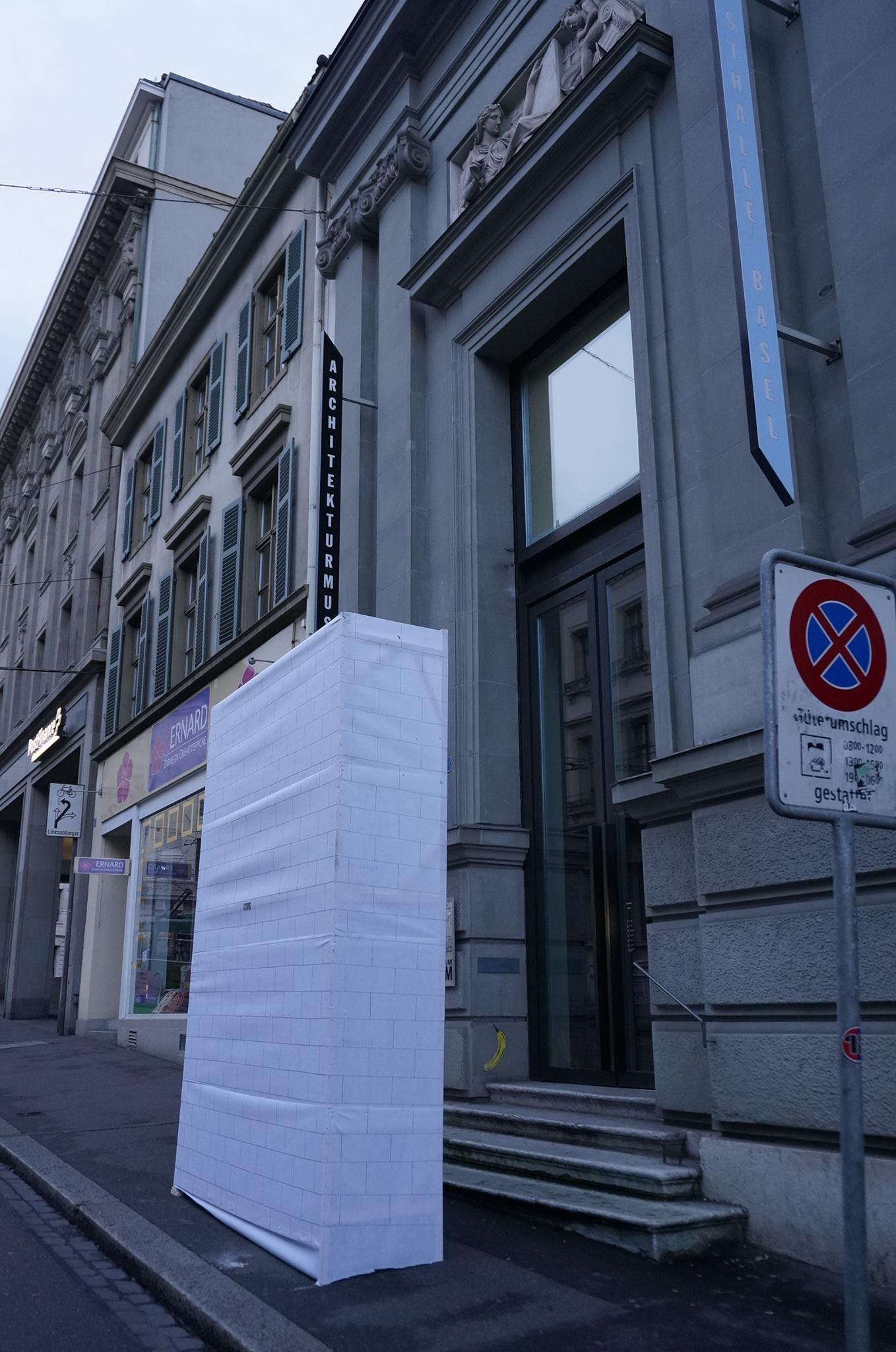 Le mur démonté du Musée d'art contemporain de Bâle Image via Atopie (Facebook)