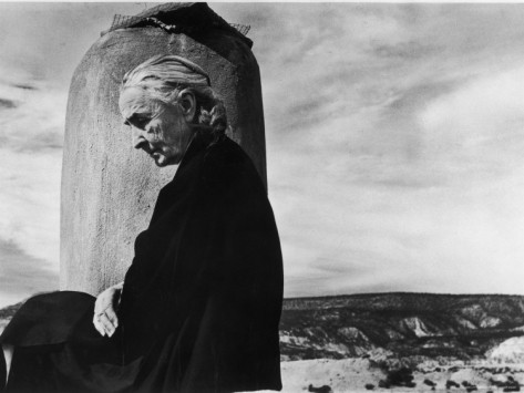 john-loengard-portrait-of-artist-georgia-o-keeffe-sitting-on-the-roof-of-her-ghost-ranch-home