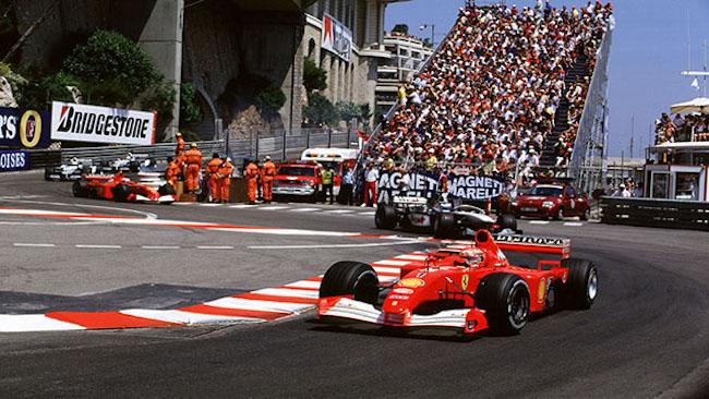 Monaco Grand Prix Monte Carlo, Monaco 24th-27th May 2001 Michael Schumacher, Ferrari, Leads Mika Hakkinen, West McLaren Mercedes, action World copyright © LAT Photograhic
