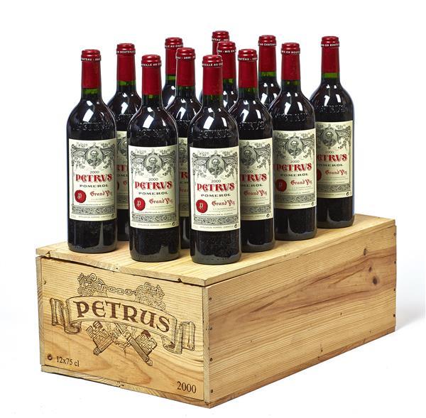 12 bouteilles PETRUS, Pomerol 2000 cb
