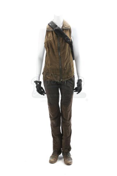 """The Divergent Series: Allegiant (2016): Beatrice """"Tris"""" Prior's Chicago Escape Costume"""