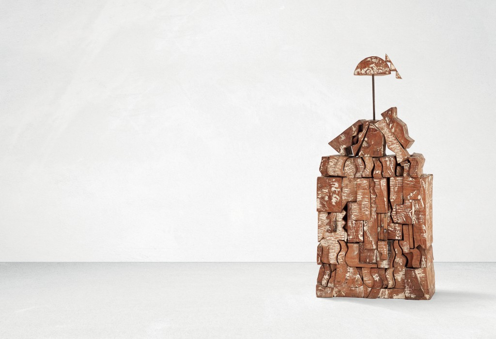 Manolo Valdès, sculpture en bois et fer de 160cm,1982, image ©Tajan
