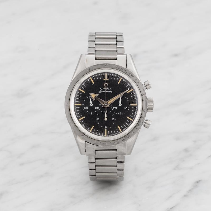 En Omega Speedmaster 2915-1 från 1958 som ägarens son hittades i en ask på vinden, helt ovetande om klockans värde. Klockan såldes på auktion för 2,5 miljoner kronor. Här kan du läsa mer om sensationella vindsfynd!