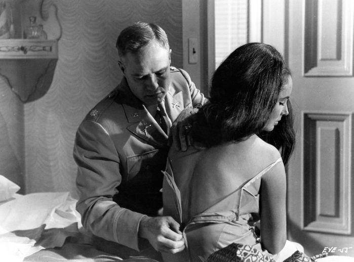 Robert Penn, Elizabeth Taylor and Marlon Brandon in 'Reflections in a Golden Eye', 1967. Photo: Catawiki