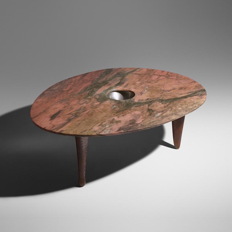 Isamu Noguchis unika matbord kostade köparen en smärre förmögenhet
