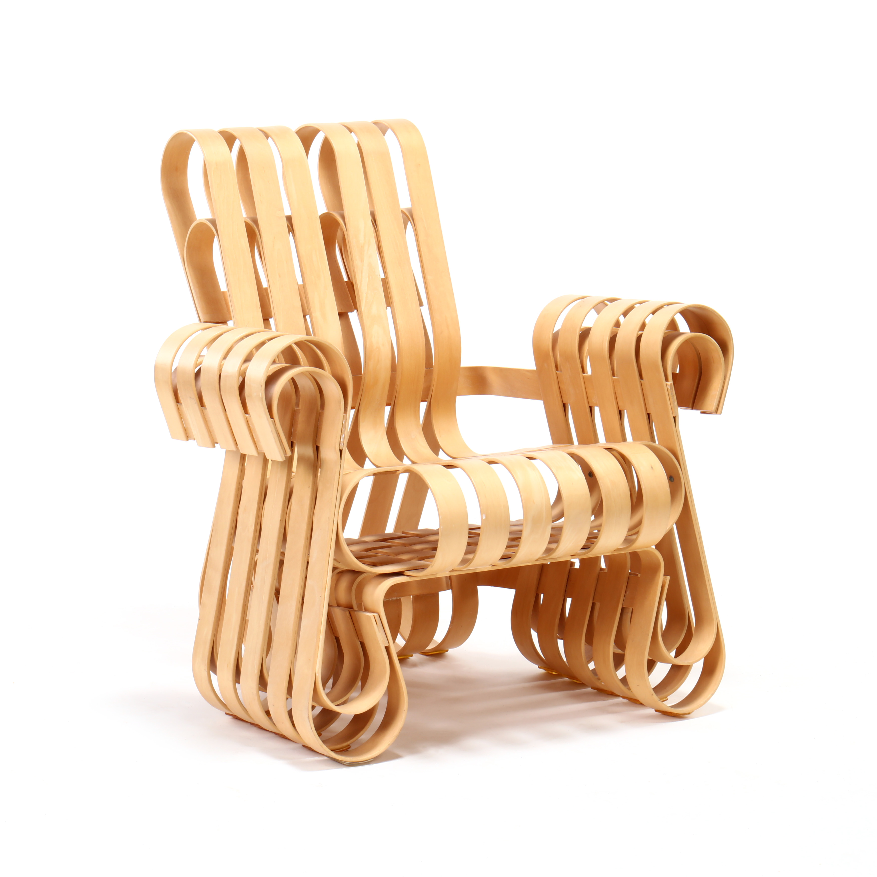 Frank Gehry, Power Play Chair. 1994, Knoll.