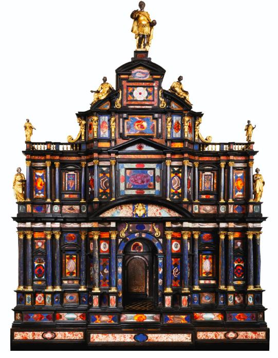 Exceptionnel cabinet en pierres dures, ébène, bronze doré et argent, travail romain, vers 1620 Estimation: 2 000 000 euros