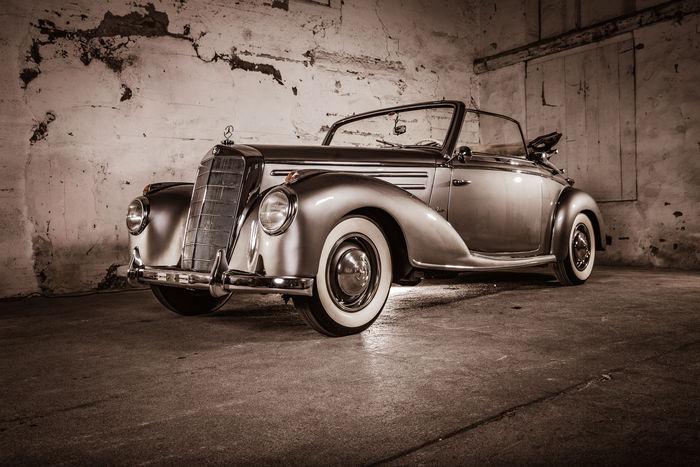 MERCEDES BENZ - 220 Cabriolet A W 187 - 1954 Schätzpreis: 120.000-156.000 EUR
