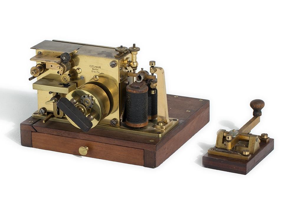 C. F. Lewert, Schreibtelegraph & Morseapparat mit Taste, 1880