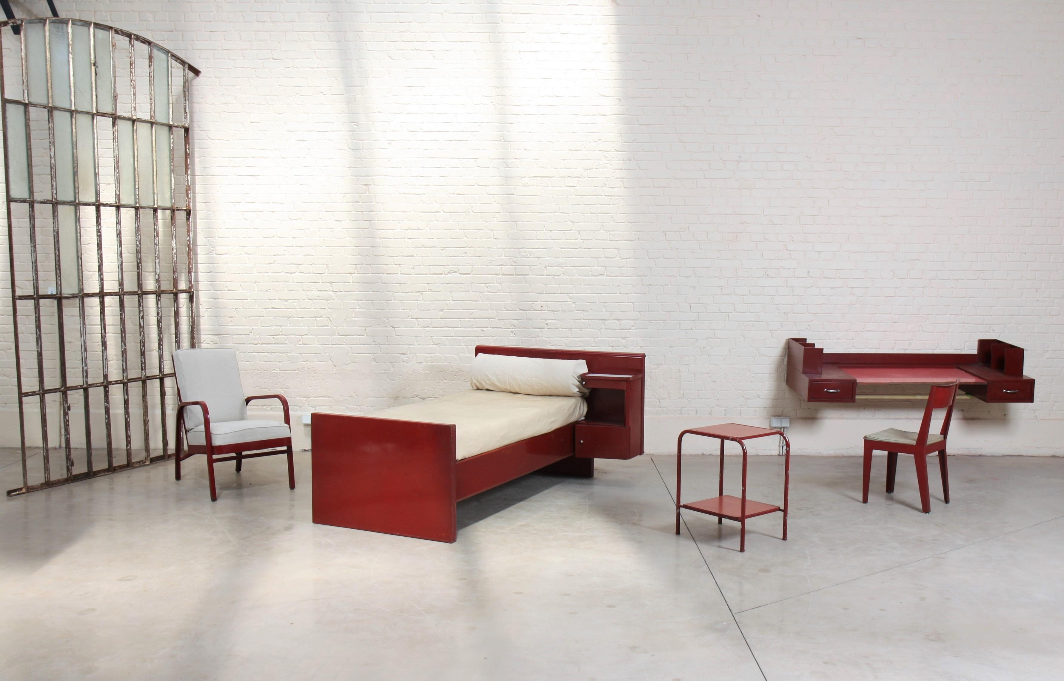 Chambre à coucher par Jean Prouvé et Jules Leleu, image ©Lux-Auction