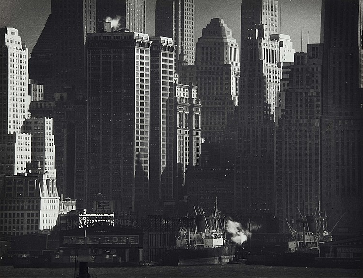 Andreas Feininger, Downtown Manhattan waterfront, c. 1947