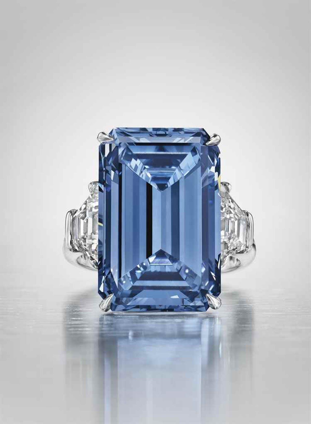 « The Oppenheimer Blue », image ©Christie's