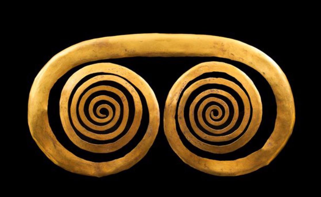Pendentif en spirale latérale divergente Sinu, Colombie, 400-900 après JC. Origine Auction