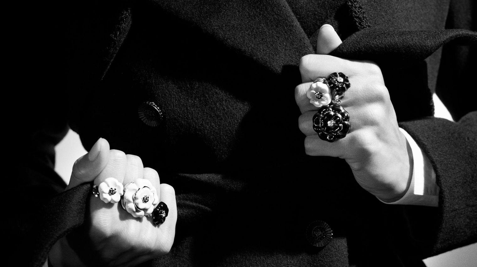 Les camélias de la maison Chanel Courtesy of Chanel