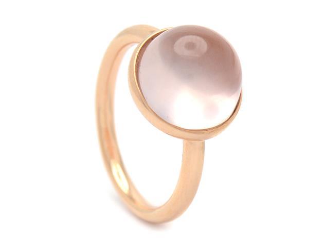Ring, 18K roséguld, cabochonslipad rosenkvarts.