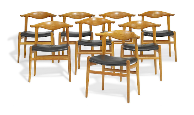 """Hans J. Wegners sex """"Cowhorn Chair"""" ropas ut för 250 000-300 000 danska kronor"""