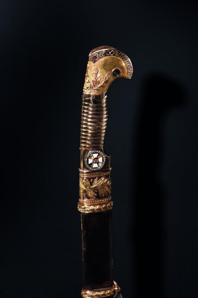 Significative Schaschka en or, 1881/1910 avec ordre appliqué de Saint-Georges avec des diamants, décernée pour bravoure Estimation: 100 000 EUR