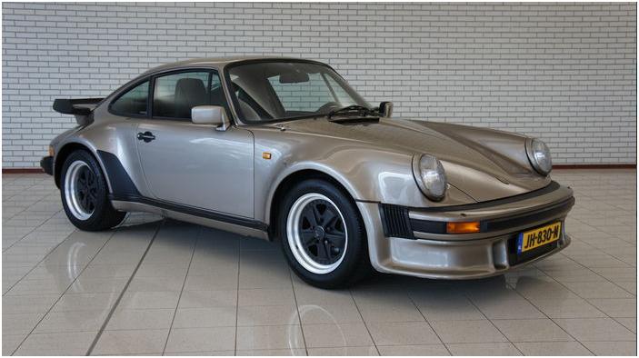 PORSCHE - 930 Turbo Coupe - 1983. Utropspris: 811 000 -1 miljon kronor.