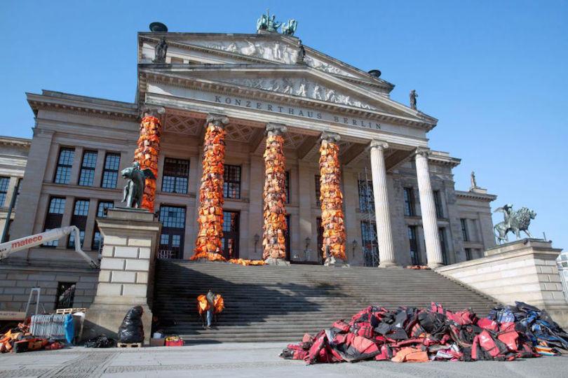 Les six colonnes de la salle de concert Konzerthaus, à Berlin, en février dernier. © AP