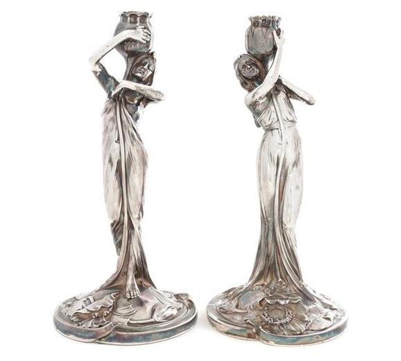 Figurala silverljusstakar. ca 1900. Tyskland. Utrop: 16 300 SEK. Leslie Hindman