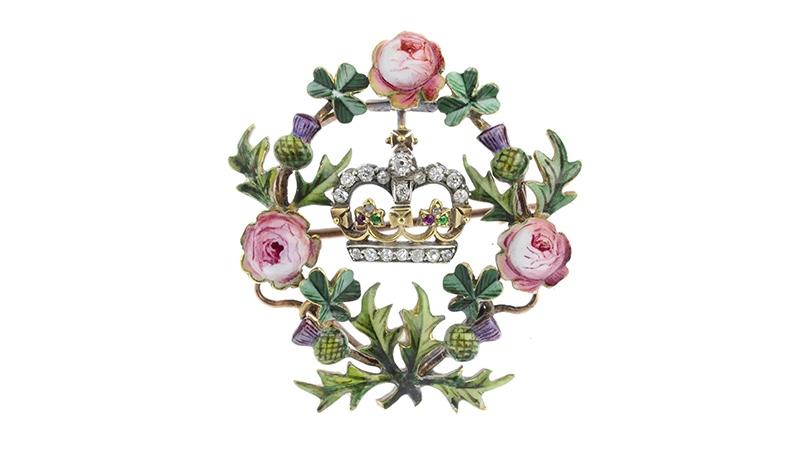 Brosche zur Krönung Edwards VII., Gold mit Diamanten, Email und Farbsteinen, Anfang 20. Jh.