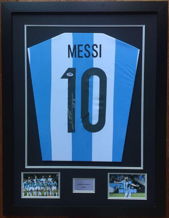 LEO MESSI LEO MESSI. Auténtica camiseta de Leo Messi Argentina firmada ... f75cbfd3972b6