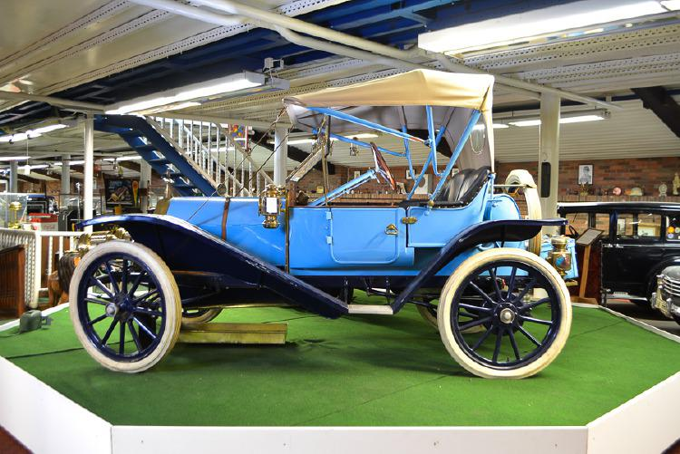 "Ford ""Hupmobile Runabout"". Foto: Helsingborgs Auktionsverk."