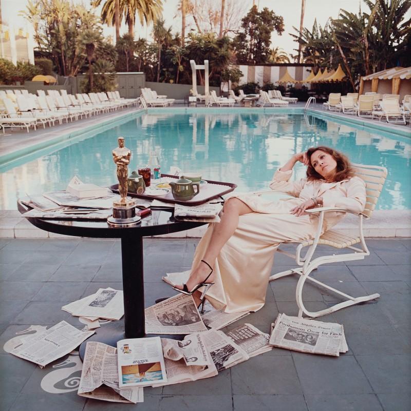 "Terry O'Neill, ""Faye Dunaway, Hollywood, 1977"". Foto: Bukowskis."