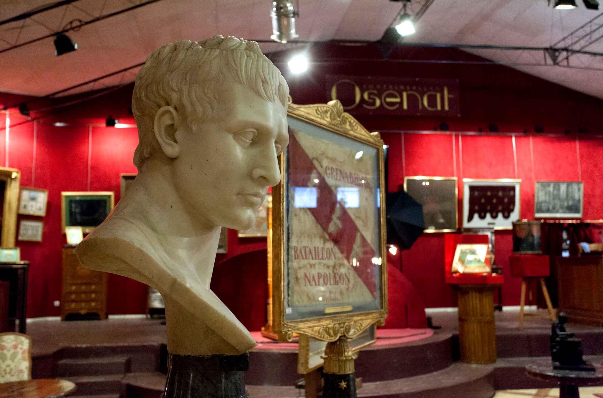 Buste de Napoléon, maison de ventes Osenat, image ©Osent