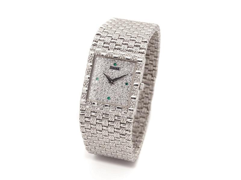 Reloj PIAGET Legende de pulsera en oro blanco para señora. Esfera de brillantes y esmeraldas