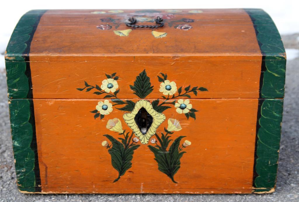 Antikt skrin med vackra målningar - L.D.D. - 1833