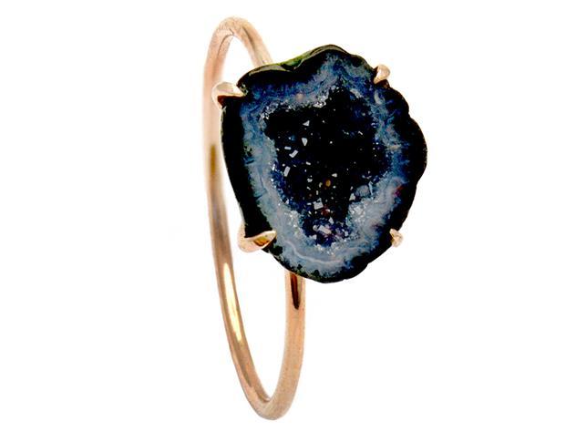 Ring, 14K roséguld med svart agat.
