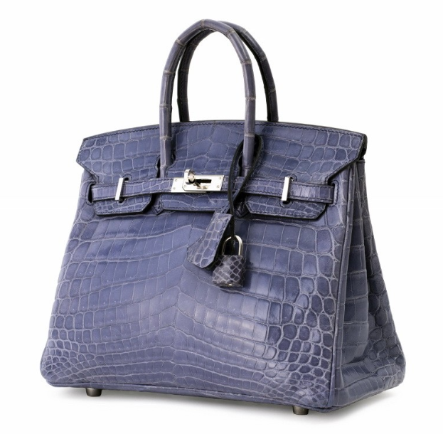 """Hermès Paris, Sac """"Birkin"""" 25 cm en crocodile niloticus bleu Brighton, garniture en métal argenté, cadenas gainé, clefs, clochette, tirette, double poignée"""