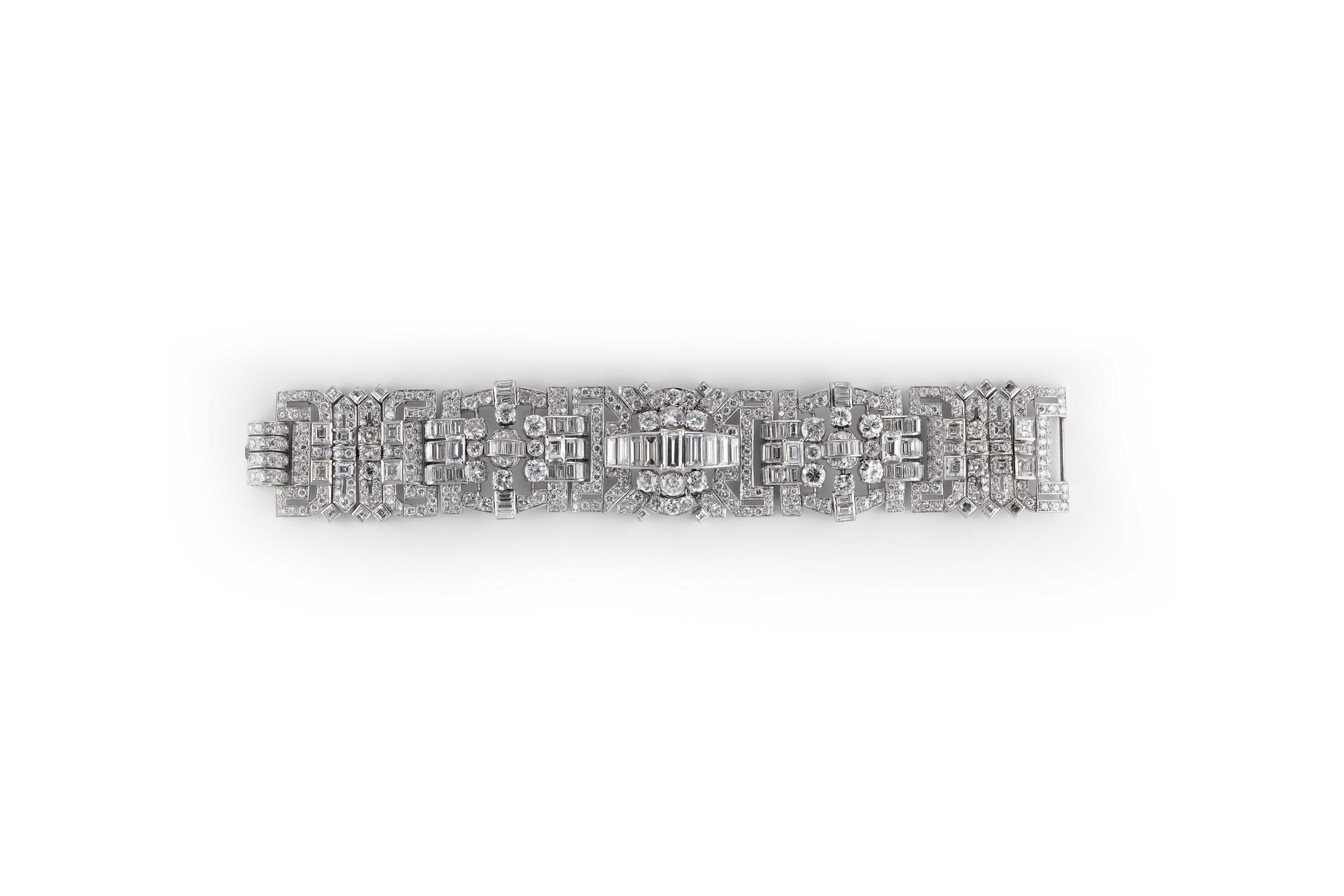 Art Deco Diamond Plaque Bracelet. Photo: Cheffins