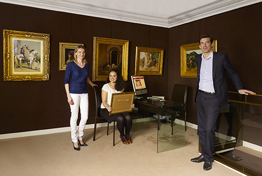 Catherine Ary Jan, Dina Emrani-Raffray et Mathias Ary Jan, le trio de la Galerie Ary Jan Image: courtesy of Galerie Ary Jan