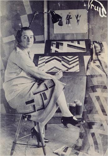 Sonia Delaunay at work