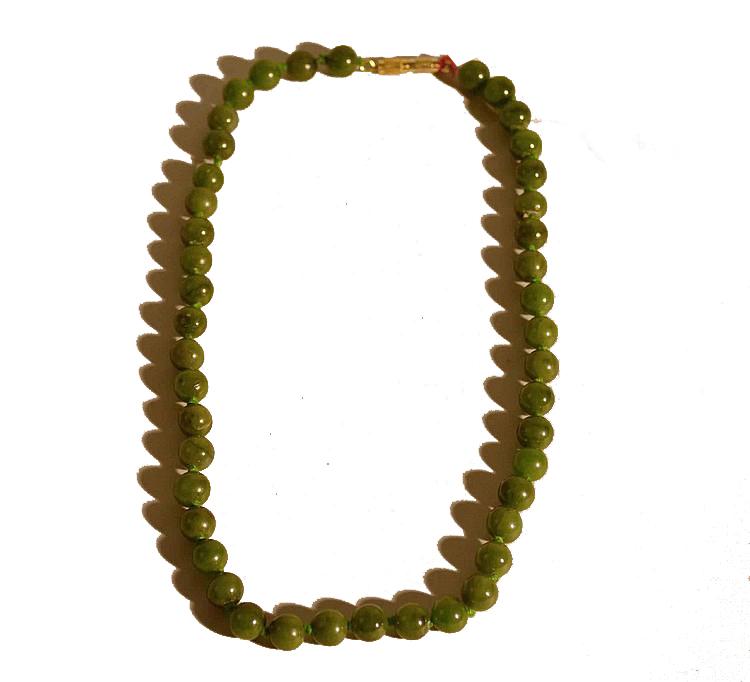 Collier de jade, Chine Vermot & Associés