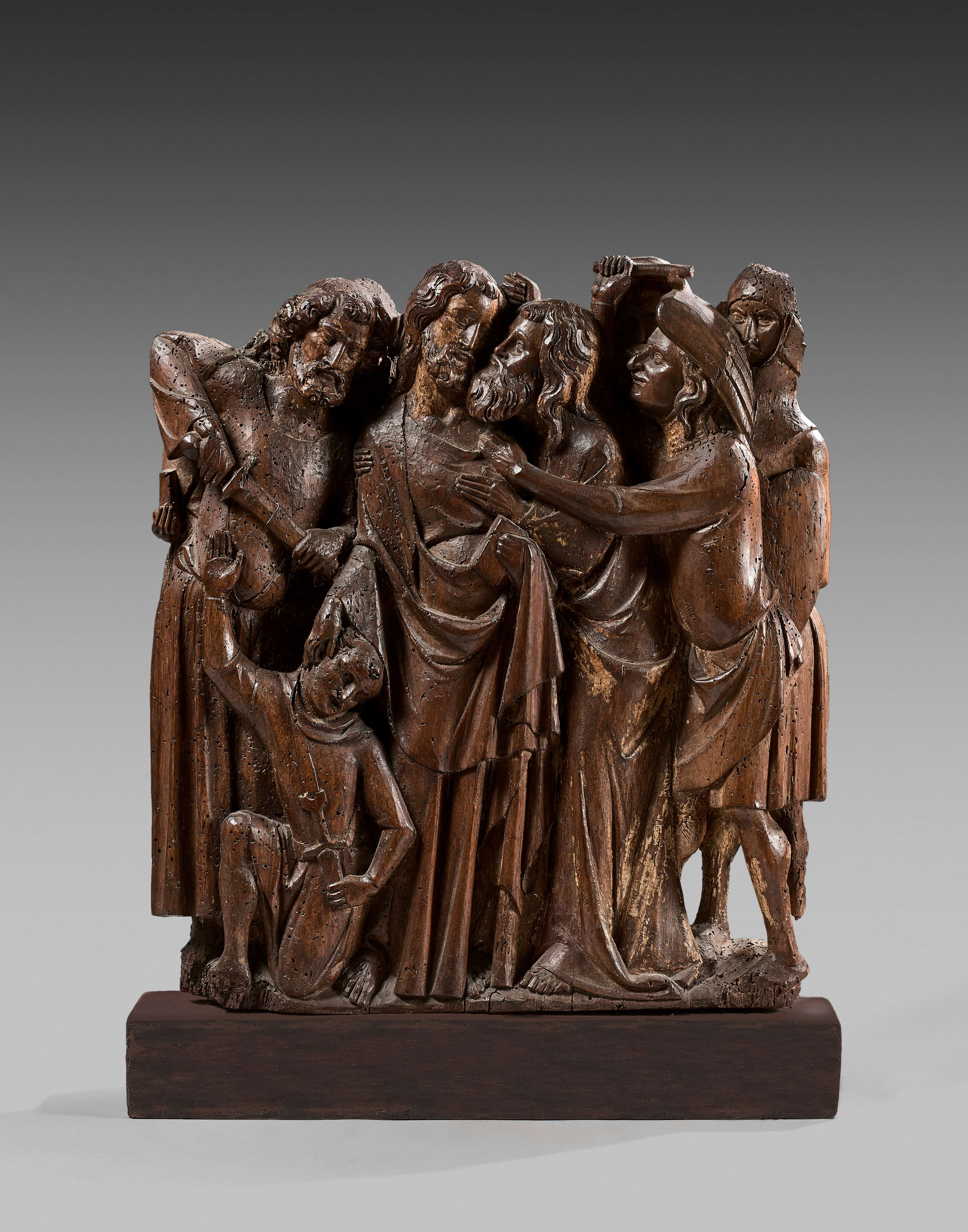 'The Arrest of Christ', relief applied in walnut wood with traces of polychromy. Photo: Artcurial