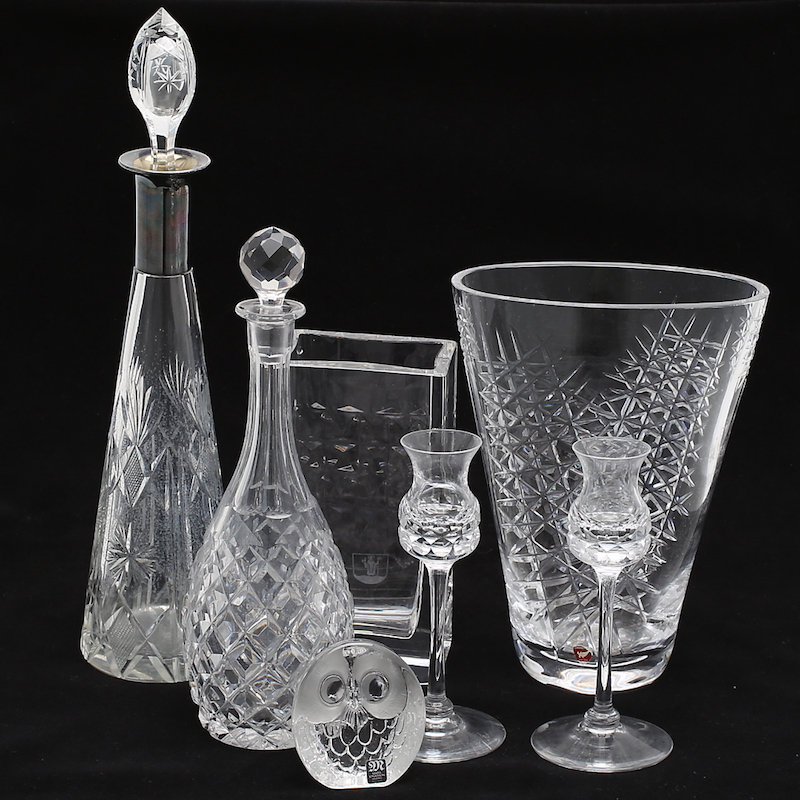 Glasföremål, 7 st.